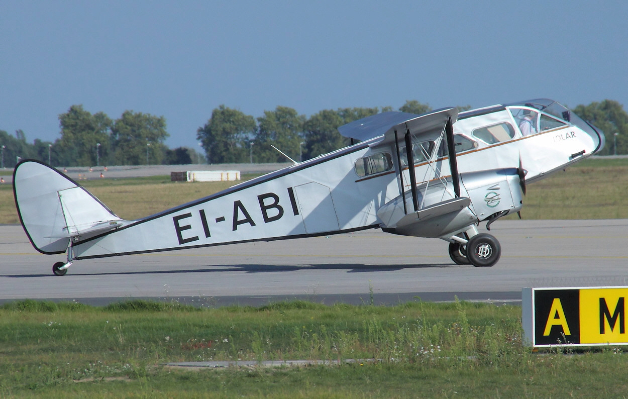 De Havilland DH 84 - Rollbahn