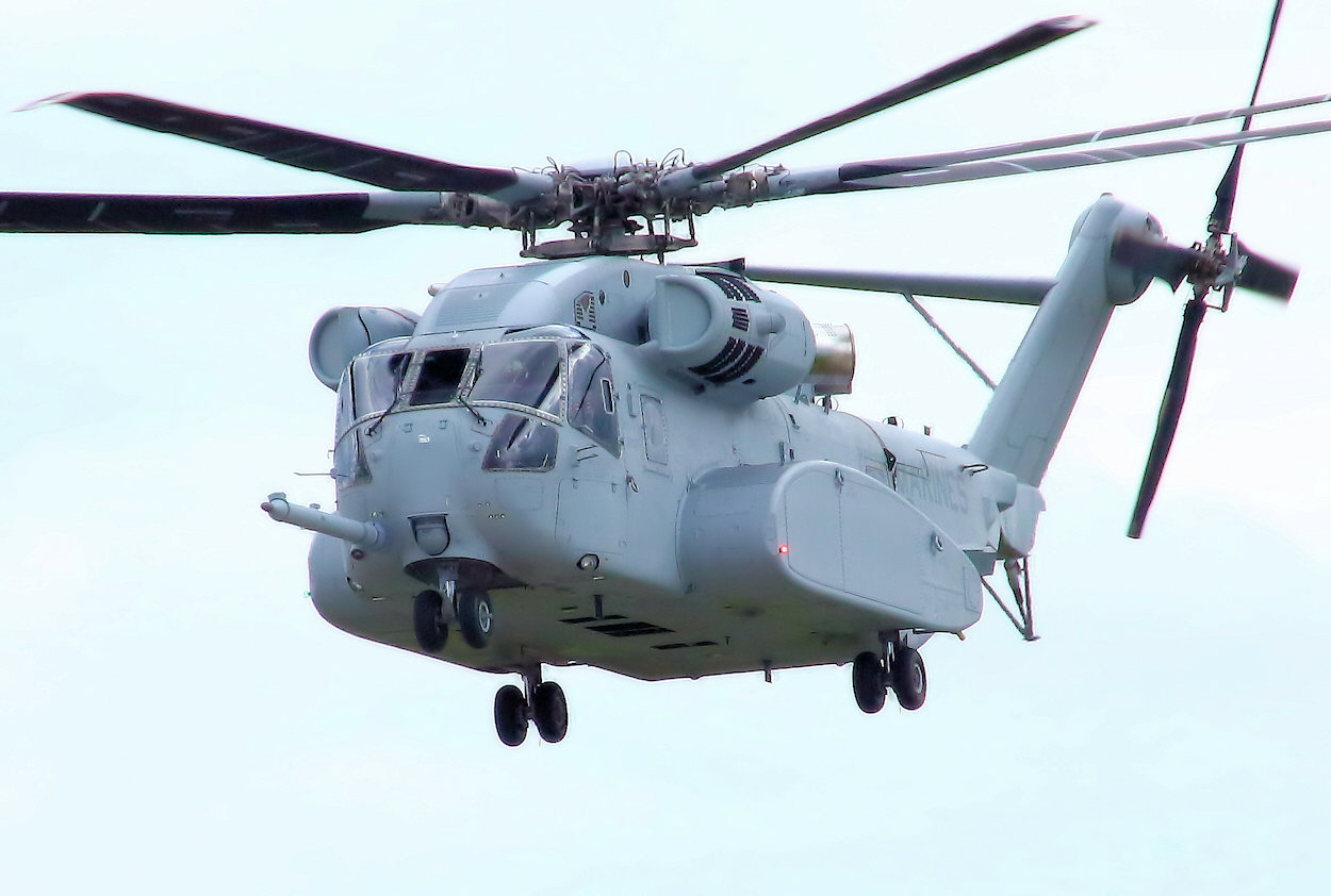 Sikorsky CH-53 - King Stallion