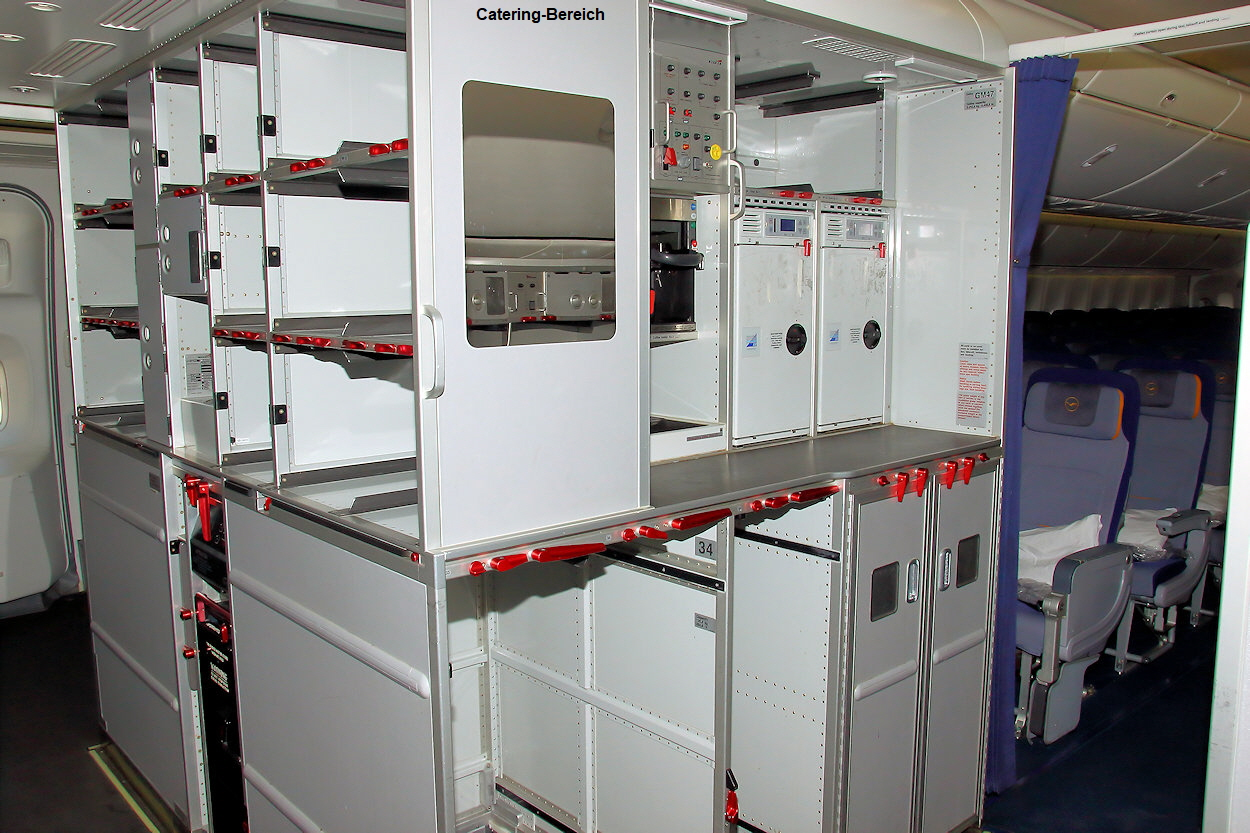 Boeing 747-8 - Catering-Bereich