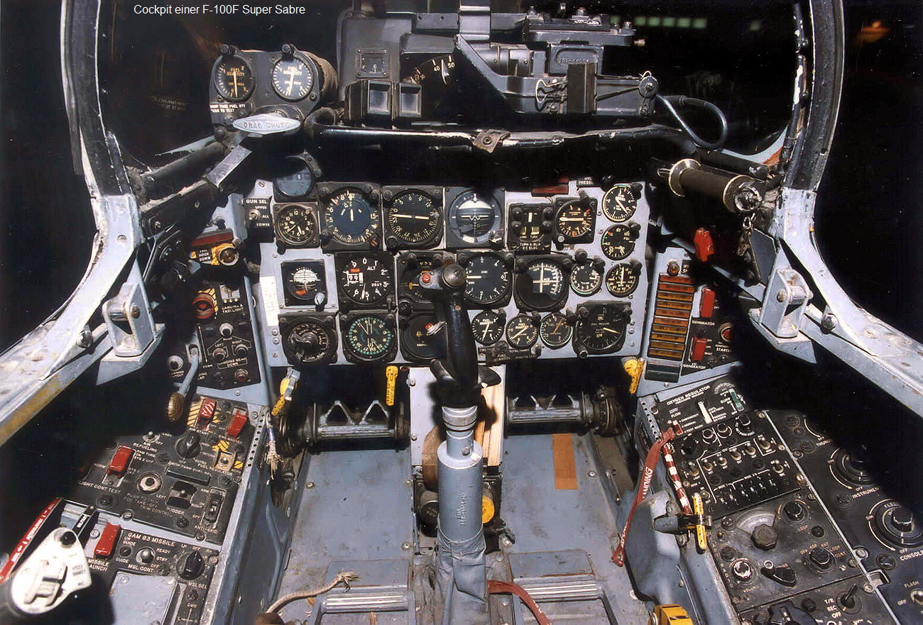 F-100F Super Sabre - Cockpit